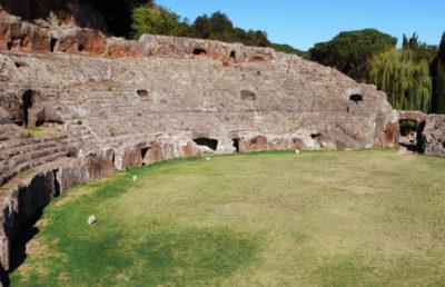 Sutri VT Anfiteatro romano scavato nel tufo