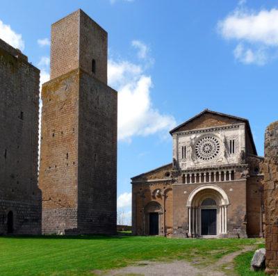 Tuscania - basilica paleocristiana di San Pietro