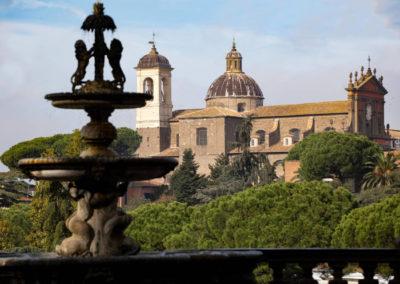 Viterbo - Chiesa e chiostro della santissima trinità