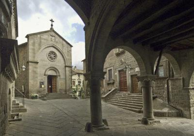 Viterbo - Piazza San pellegrino